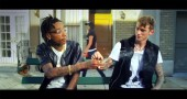 [Video] Machine Gun Kelly feat. Wiz Khalifa – Mind of a Stoner